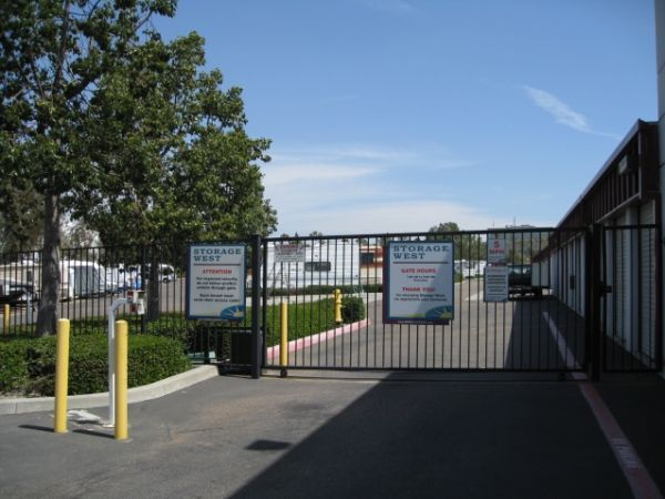 Storage West - Rancho Bernardo 10999 Willow Ct San Diego, CA - Photo 6