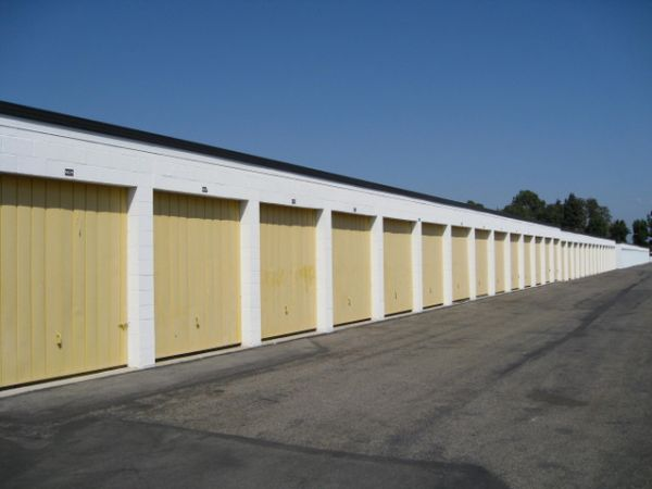 Storage West - Santa Ana 2730 S Fairview St Santa Ana, CA - Photo 2