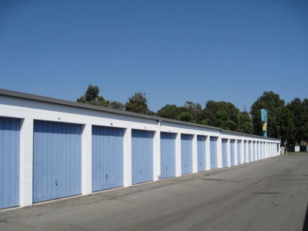 Storage West - Santa Ana 2730 S Fairview St Santa Ana, CA - Photo 4