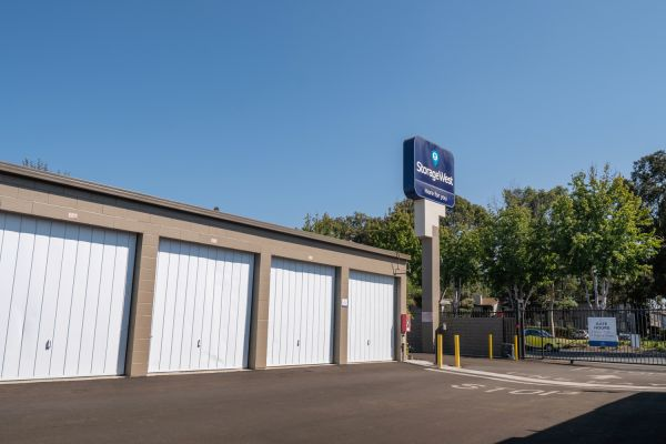 Storage West - Santa Ana 2730 S Fairview St Santa Ana, CA - Photo 7