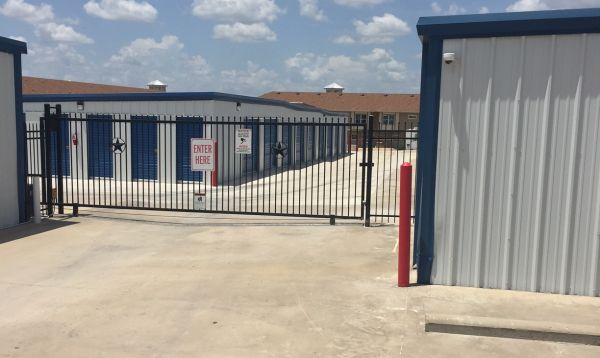 Sonterra Self Storage 1825 County Road 313 Jarrell, TX - Photo 10