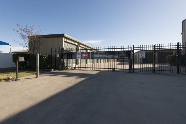 North Fry Road Self Storage 5425 North Fry Road Katy, TX - Photo 2