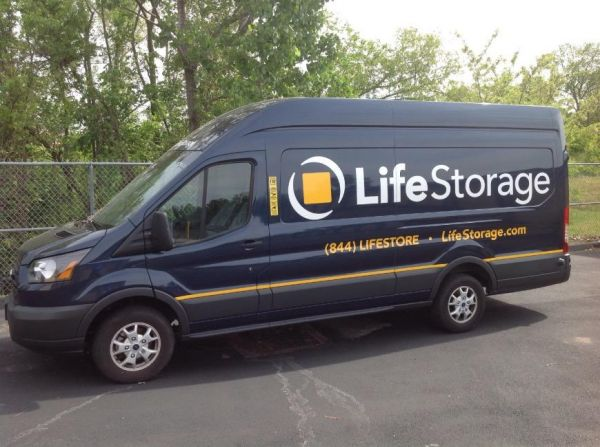 Life Storage - St. Peters - Mexico Road 3939 Mexico Road St. Peters, MO - Photo 8