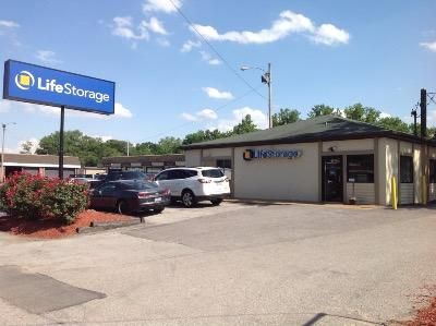 Life Storage - Brentwood 8524 Manchester Road Brentwood, MO - Photo 0