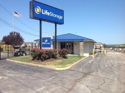 Life Storage - Fenton 485 North Highway Drive Fenton, MO - Photo 0