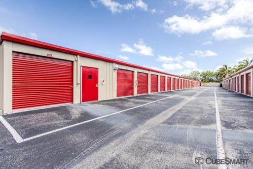 CubeSmart Self Storage - Fort Myers - 13271 Metro Parkway 13271 Metro Parkway Fort Myers, FL - Photo 4