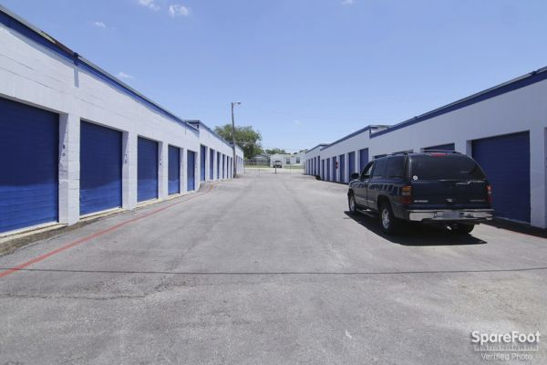 Scotty's Thrifty Storage - Texas 3802 Rufe Snow Dr North Richland Hills, TX - Photo 4