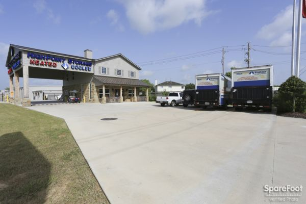 High Point Storage - Bay Colony 5600 West Farm-to-market 646 Road Dickinson, TX - Photo 7