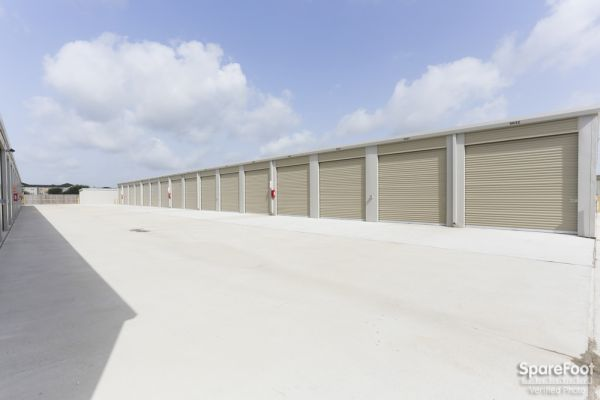 High Point Storage - Bay Colony 5600 West Farm-to-market 646 Road Dickinson, TX - Photo 13
