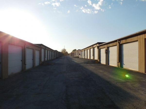 I-35/I-435 Self Storage 10750 Cottonwood St Lenexa, KS - Photo 6