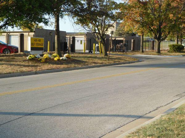 I-35/I-435 Self Storage 10750 Cottonwood St Lenexa, KS - Photo 1