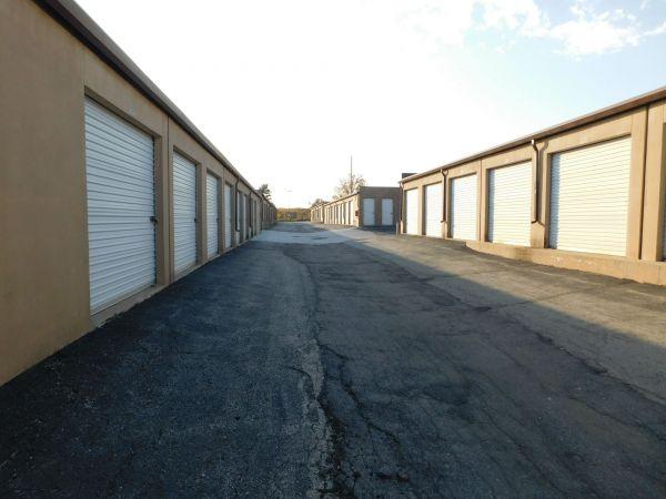 I-35/I-435 Self Storage 10750 Cottonwood St Lenexa, KS - Photo 9