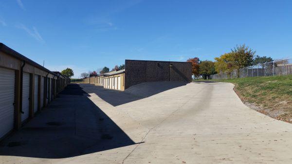 I-35/I-435 Self Storage 10750 Cottonwood St Lenexa, KS - Photo 16