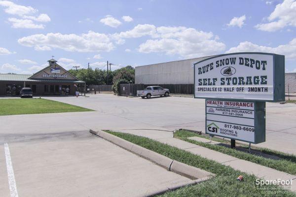 Rufe Snow Depot Self Storage 6707 Rufe Snow Drive Watauga, TX - Photo 1