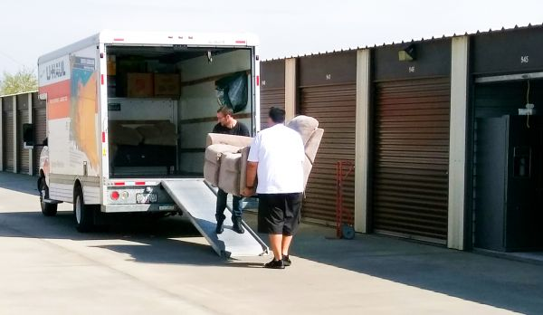Academy South Mini Storage 3543 S Academy Ave Sanger, CA - Photo 2