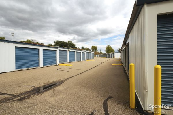 Inver Grove Storage - Eagan 9735 S Robert Trail Inver Grove Heights, MN - Photo 4