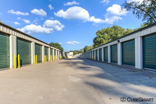 CubeSmart Self Storage - Tyler - 3016 W Gentry Pkwy 3016 W Gentry Pkwy Tyler, TX - Photo 4