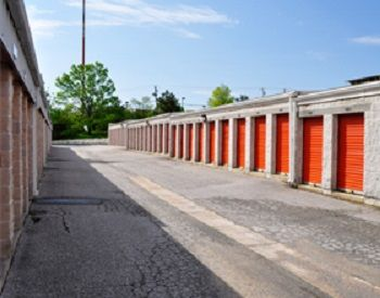 Moove In Self Storage - Baltimore 1700 Belmont Avenue Woodlawn, MD - Photo 2