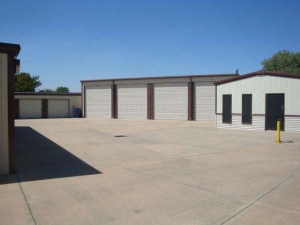 George Washington & 31st St Mini-Storage 3031 South George Washington Boulevard Wichita, KS - Photo 2