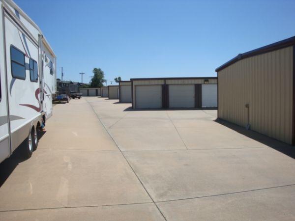 George Washington & 31st St Mini-Storage 3031 South George Washington Boulevard Wichita, KS - Photo 4