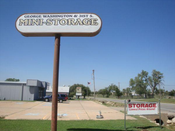George Washington & 31st St Mini-Storage 3031 South George Washington Boulevard Wichita, KS - Photo 8
