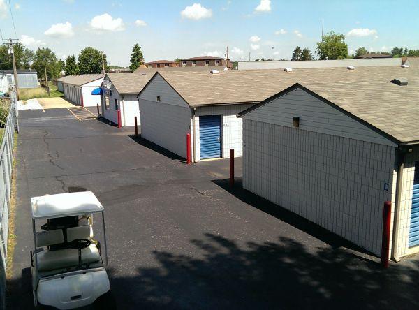 Belleville Storage Center 1500 West Boulevard Belleville, IL - Photo 3
