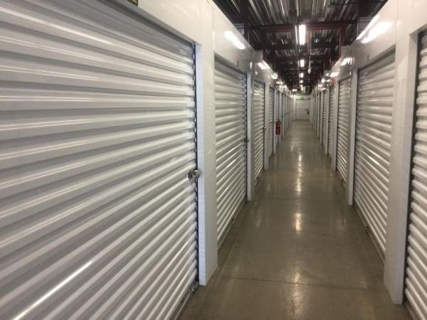 Life Storage - Chattanooga - Broad Street 1380 Broad Street Chattanooga, TN - Photo 1