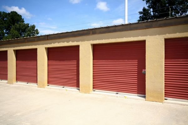 SecurCare Self Storage - Savannah - 15050 Abercorn St. 15050 Abercorn Street Savannah, GA - Photo 4