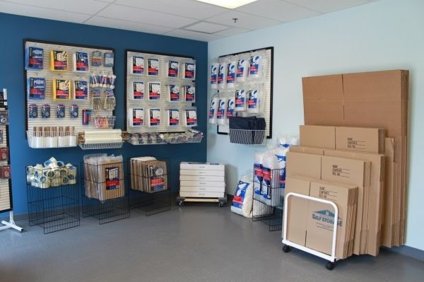 Fairfield Self Storage - 226 Passaic Avenue 226 Passaic Avenue Fairfield, NJ - Photo 4