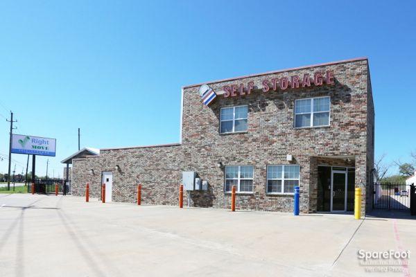 Right Move Storage - Aldine 21667 Aldine Westfield Road Humble, TX - Photo 1