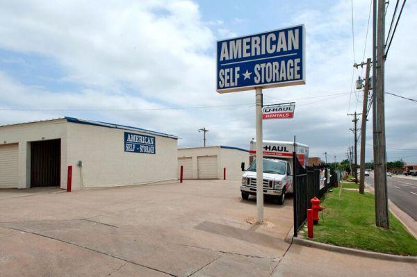American Self Storage - N. Santa Fe Ave. 4400 North Santa Fe Avenue Oklahoma City, OK - Photo 3