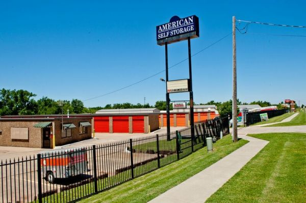 American Self Storage - S. Ranchwood Blvd. 750 South Ranchwood Boulevard Yukon, OK - Photo 0