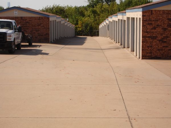 American Self Storage - N. Air Depot Blvd. 1301 North Air Depot Boulevard Midwest City, OK - Photo 6