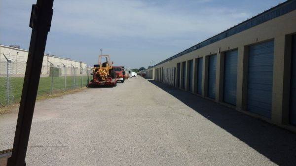 American Self Storage - SW 89th St. 736 Southwest 89th Street Oklahoma City, OK - Photo 3