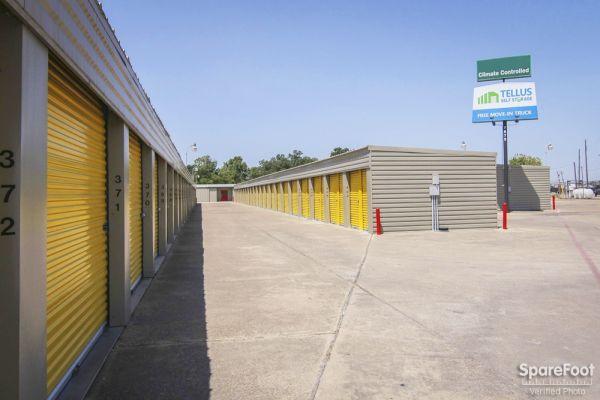 Tellus Self Storage - Hawn 7979 C F Hawn Freeway Dallas, TX - Photo 3