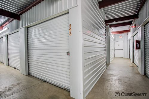 CubeSmart Self Storage - Austin - 2201 South Pleasant Valley Road 2201 S Pleasant Valley Rd Austin, TX - Photo 5