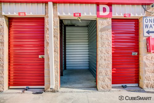 CubeSmart Self Storage - Austin - 2201 South Pleasant Valley Road 2201 S Pleasant Valley Rd Austin, TX - Photo 9