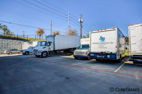 CubeSmart Self Storage - Austin - 2201 South Pleasant Valley Road 2201 S Pleasant Valley Rd Austin, TX - Photo 10