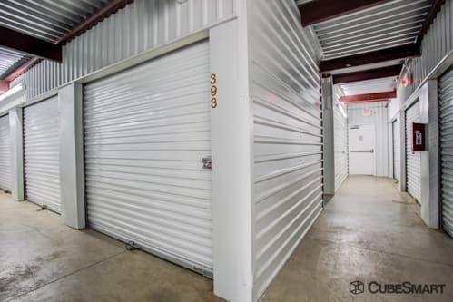 CubeSmart Self Storage - Austin - 2201 South Pleasant Valley Road 2201 S Pleasant Valley Rd Austin, TX - Photo 5
