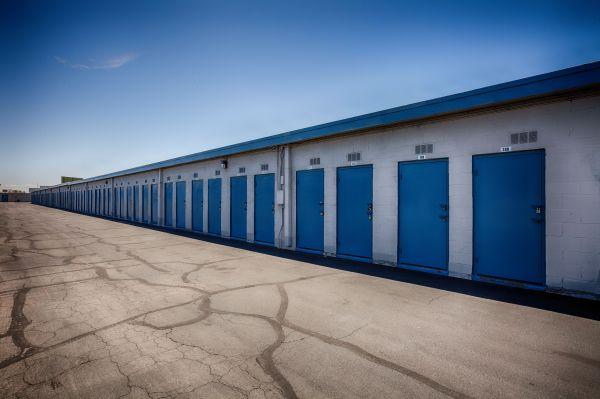 US Storage Centers - Glendale - 5801 West San Miguel Avenue 5801 West San Miguel Avenue Glendale, AZ - Photo 4