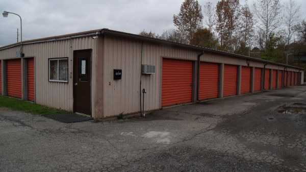 Shenango Mini Storage 405 West Grant Street New Castle, PA - Photo 0