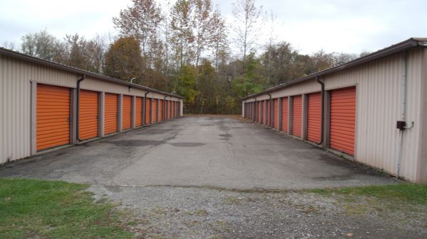 Shenango Mini Storage 405 West Grant Street New Castle, PA - Photo 1