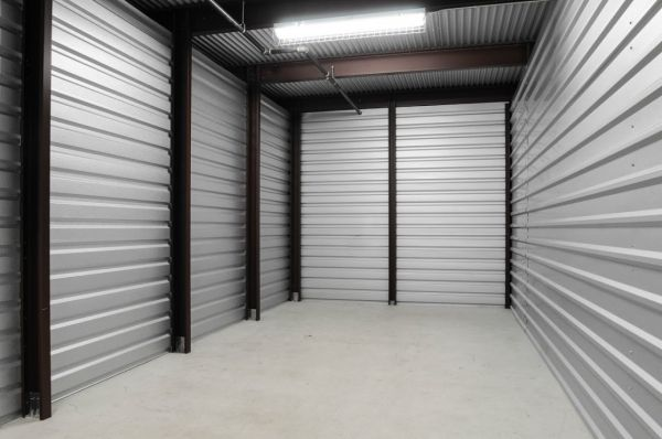 StorageMart - Hwy 40 & SW 22nd St 2300 SW Us Highway 40 Blue Springs, MO - Photo 1