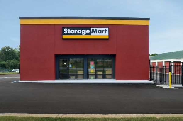 StorageMart - Hwy 40 & SW 22nd St 2300 SW Us Highway 40 Blue Springs, MO - Photo 0