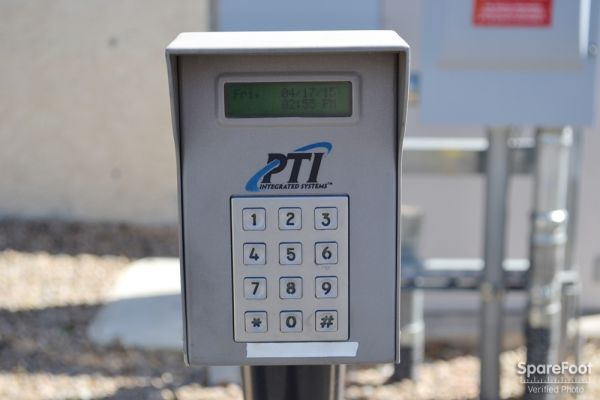Glendale Storage Company 13982 North 67th Avenue Glendale, AZ - Photo 1