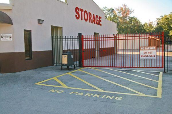 Tellus Self Storage - McInnis 1602 S 28th Ave Hattiesburg, MS - Photo 2