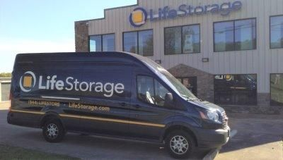 Life Storage - Cedar Park - West Whitestone Boulevard 2440 West Whitestone Boulevard Cedar Park, TX - Photo 8