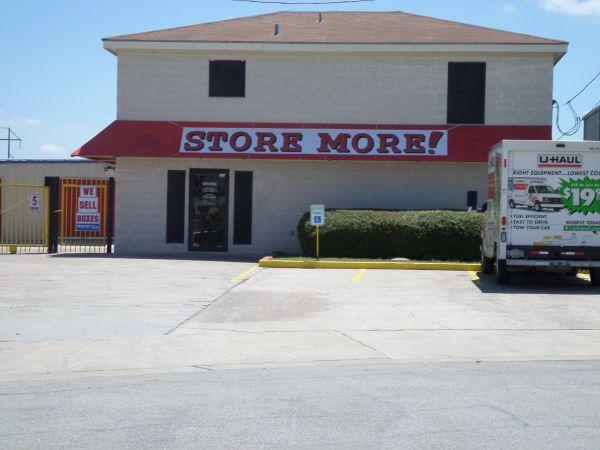 RightSpace Storage - Buda 227 Park 35 Cove N Buda, TX - Photo 0
