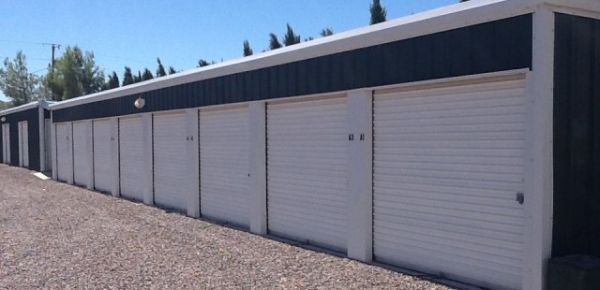 I-15 Storage 4010 Farm Road Littlefield, AZ - Photo 2