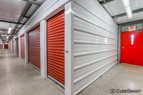 CubeSmart Self Storage - Columbus - 1531 Georgesville Rd 1531 Georgesville Rd Columbus, OH - Photo 2